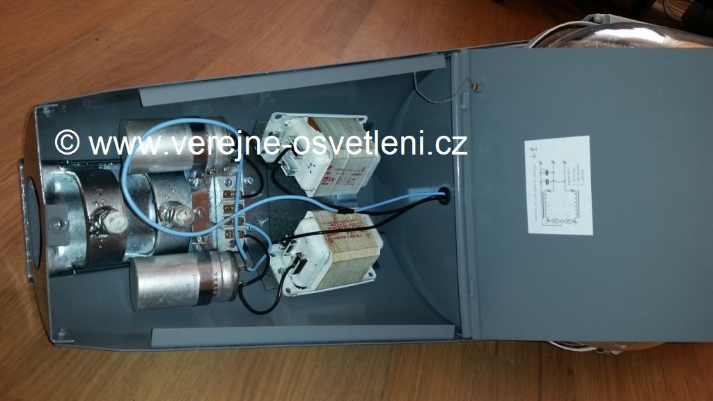 Elektrosvit typ  240 902 převracečka s bublinou